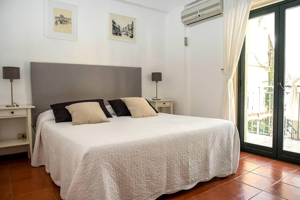 borgo-case-vacanze-appartamento-ibiscus-001