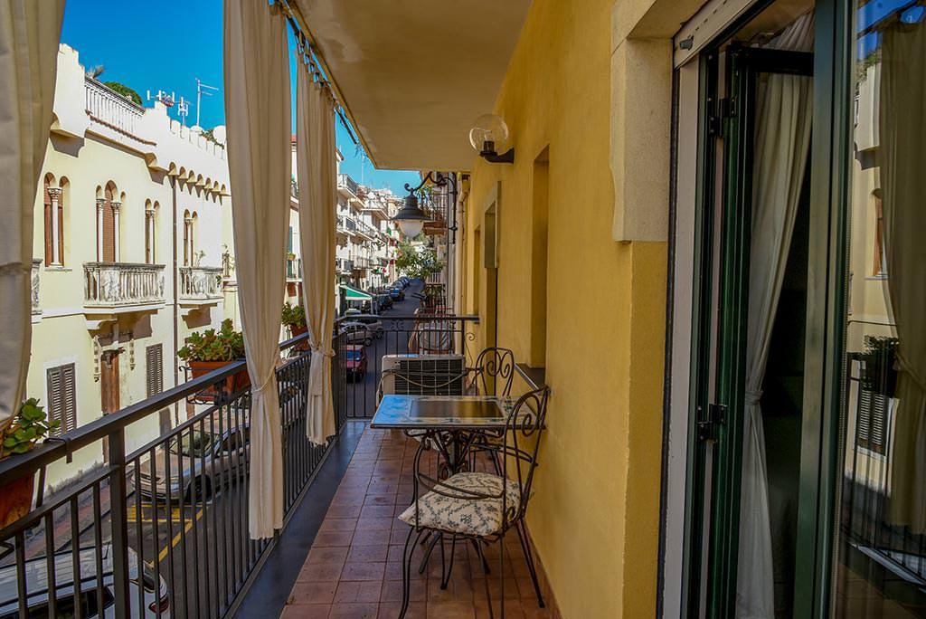 borgo-case-vacanze-appartamento-ibiscus-010