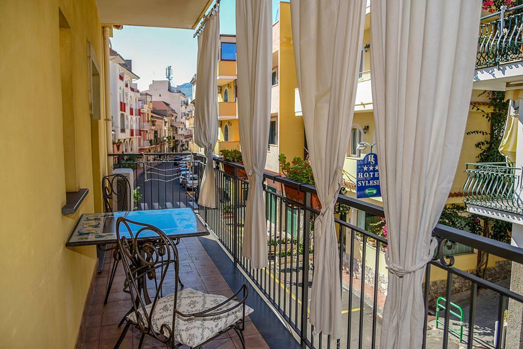 borgo-case-vacanze-appartamento-ibiscus-011